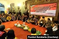 Pemkot Solo menggelar doa bersama di Rumah Dinas Walikota menjelang pelantikan Presiden dan Wapres 2019-2024