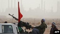 Ливия: повстанцы оттеснили правительственные войска