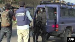 Arrestation d'un manifestant au Gabon. (Photo AFP)
