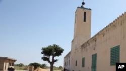 Une mosquée à Kaolack, au Sénégal, le 20 novembre 2015. (AP Photo/Baba Ahmed)
