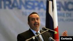 Alejandro Salas - Transparencia Internacional