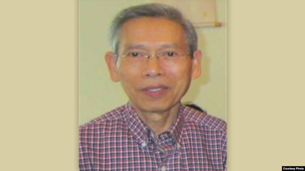 Cựu trưởng ban Việt ngữ VOA, ký giả Nguyễn Đình Vinh