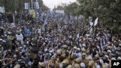 پاکستان میں مصر یا تیونس جیسے حالات نہیں، تجزیہ کار