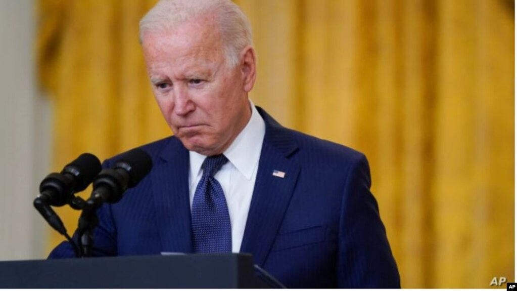 Analiza: Lufta në Afganistan mbaroi, por jo sfidat e Presidentit Biden