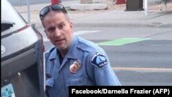 Derek Chauvin, policier avandeli George Floyd kino akufa na nkingo na Minnesota, Etats-Unis, 25 mai 2020.