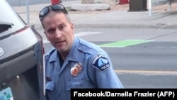 დერეკ შოვინი, მკვლელობაში ეჭვმიტანილი ყოფილი პოლიციელი