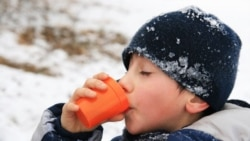 Drinking a warm liquid or eating something sugary can help control shaking from mild hypothermia