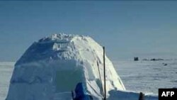 Một người Mỹ muốn lập kỷ lục xây lều tuyết lớn nhất thế giới