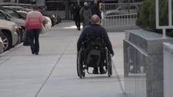 Отворени можности, забранета дискриминација: Каков е односот кон лицата со попреченост во САД?