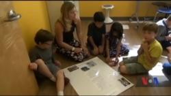 Експериментальна школа імені Хана: щоб підготувати дітей бути успішними, вчителі звертаються до практик минулого. Відео