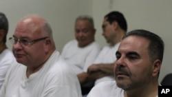 La Corte Suprema de Justicia confirmó el jueves la condena de 10 años de prisión impuesta al expresidente Tony Saca y que devuelva al Estado 260,7 millones de dólares. Foto AP.