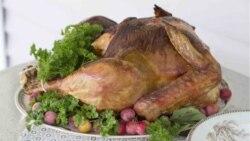 Des banques alimentaires aident les démunis à fêter Thanksgiving
