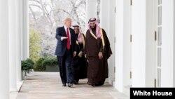 شهزاده محمد بن سلمان تیر کال هم واشگټن ته سفر کړی وه او د ولسمشر ټرمپ سره یې یو په یو لیدلې وه.