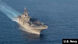 Kapal penyerang amfibi USS America di Laut China Selatan.