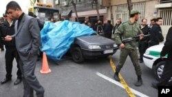 11일 발생한 이란 차량 폭탄 테러 현장