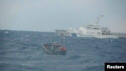지난 2012년 12월 일본 오키섬에서 북동쪽으로 140km 떨어진 해상에서 표류 중이던 북한 선박이 발견됐다. 당시 배에 타고 있던 북한인 4명은 엔진 고장으로 떠내려왔다고 밝혔다. (자료사진)