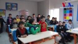 Hahn: 'Suriyeli Çocuklara Eğitim İnsanlık Hakkıdır'