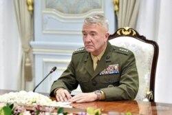 امریکہ کی سینٹرل کمانڈ کے کمانڈر جنرل فرینک مک کینزی، فائل فوٹو