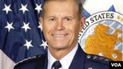 Amerika nəqliyyat komandanı Uilyam Freyzer