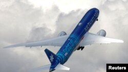 (File) An Boeing 787-9 Dreamliner of Air Tahiti Nui company performs during the 53rd International Paris Air Show at Le Bourget Airport near Paris, France. (Image: Reuters)