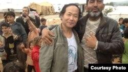 旅美异议艺术家陈维明今年10月只身赴叙利亚战场,声援和帮助反对派,目前仍在亲睹叙利亚内战(中国民主党张健提供)