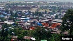 ကခ်င္ျပည္နယ္ ဖားကန္႕ၿမိဳ႕ ျမင္ကြင္း တစ္ေနရာ။ (REUTERS/Minzayar)