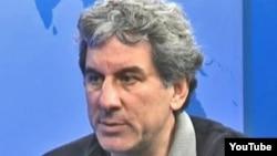 Ông Brad Adams, Giám đốc đặc trách Châu Á của Human Rights Watch, tổ chức quản lý giải thưởng thường niên Hellman/Hammett