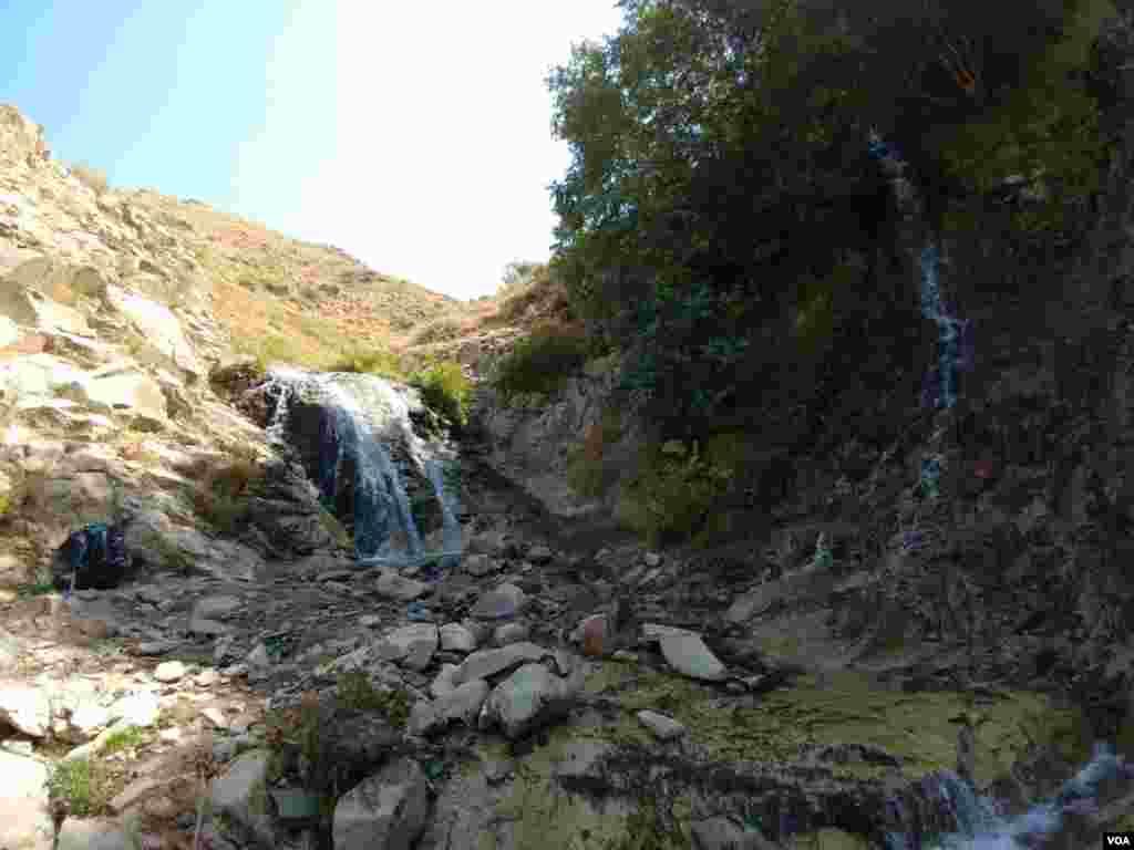 آبشار ماهاران – آذربایجان شرقی عکس: علیرضا گلشن (ارسالی از شما)