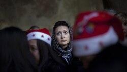 مسیحیان مراسم زاد روز مسیح را در بیت اللحم برگزار می کنند