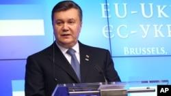 Presiden Viktor Yanukovych tetap akan menghadiri KTT Uni Eropa pekan ini, di Vilnius, Lithuania (foto: dok).