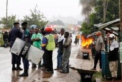 Manifestationsà Beni ; au moins un mort - Gilbert Kambale joint par Nicolas Pinault