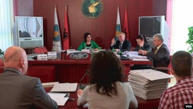 Arvizu: Të hënën në parlament edhe çështja e KQZ