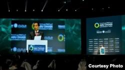 Presiden Joko Widodo menyinggung sawit dalam pidato di forum Abu Dhabi Sustainability Week (ADSW) di Abu Dhabi, Persatuan Emirat Arab, Senin, 13 Januari 2020. (Foto: Humas Setneg)