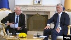 Šef evropske diplomatije Žozep Borelj sa predsednikom Kosova Hašimom Tačijem