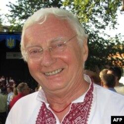 Орест Дубас, голова Комітету встановлення пам'ятника Тарасу Шевченку в Оттаві.