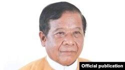 မႏၱေလးတုိင္း ၀န္ႀကီးခ်ဳပ္လည္းျဖစ္တဲ့ ေဒါက္တာေဇာ္ျမင့္ေမာင္။ (ဓာတ္ပံု - Dr Zaw Myint Maung's facebook - စက္တင္ဘာ ၀၄၊ ၂၀၂၀)