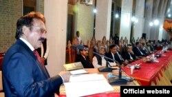 سپریم کورٹ کے چیف جسٹس افتخار محمد چودھری کوئٹہ میں منعقدہ تقریب سے خطاب کرتے ہوئے۔