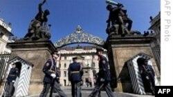 جمهوری چک دو دیپلمات روس را از پراگ اخراج می کند