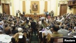 10일 등원한이집트 무슬림형제단 소속 의원들.