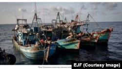 Các tàu cá của Việt Nam bị bắt khi đánh bắt trái phép ở Vịnh Thái Lan thuộc vùng đặc quyền kinh tế của nước này. © EJF