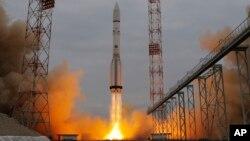 14일 카자흐스탄 배코누르 우주기지에서 화성 탐사 우주선 '엑소마스 트레이스 가스 오비터'이 로켓에 실려 발사되고 있다.
