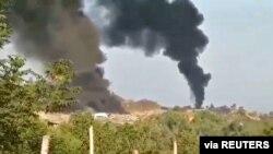 2021년 5월 22일 미얀마 사가잉 지역에서 두터운 검은 연기가 피어오르고 있다. (자료사진)