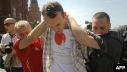 Арест одного из участников гей-акции