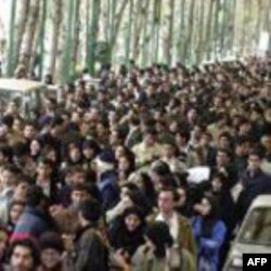 وقايع روز: خبرنگاران و عکاسان خارجی از پوشش خبری مراسم روز شانزدهم آذر منع شدند