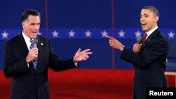 Shugaba Barack Obama na jam'iyyar Democrat (dama) da Mitt Romney na jam'iyyar Republican (hagu) a muhawara mai zafi da suka yi