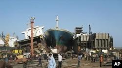 Shipbreaking yard at Alang beach, Gujarat province, India, 2009.