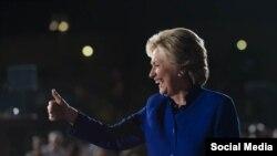 អ្នកស្រី Hillary បេក្ខជនប្រធានាធិបតីគណបក្សប្រជាធិបតេយ្យ