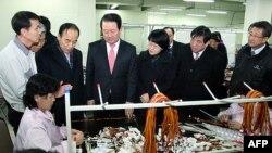Делегація південнокорейських законодавців відвідує Кесонський індустріальний комплекс