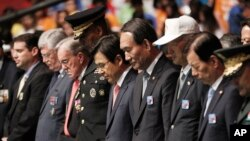 PM Hwang Kyo-ahn (tengah) menghadiri upacara peringatan 63 tahun berakhirnya Perang Korea di Seoul, Korea Selatan Rabu (27/7).