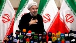 El gobierno de Obama redujo algunas sanciones a Irán para facilitar el acceso al diálogo con el presidente electo, Hasan Rouhani.